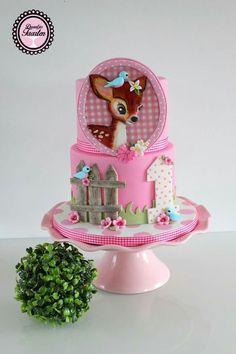 Más Recetas en https://lomejordelaweb.es/   This is a cute cake for a little girls' part