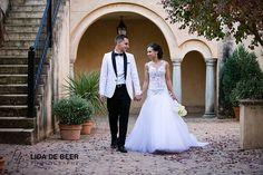 A beautiful wedding at Avianto wedding venue by professional wedding photographers André and Lida de Beer for Chanel and Marcio. Lace Wedding, Wedding Dresses, Tie The Knots, Wedding Venues, Chanel, Photos, Beautiful, Fashion, Bride Dresses