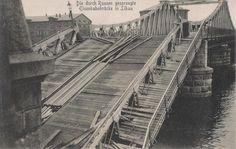 Die duch Russen gesprengle Eisenbahnbrucke in Libau.1915.
