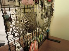 Make your own an industrial jewelry stand for $10