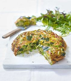 leek and pea frittata This frittata recipe is full to the brim with green good-for-you green veg and it's cheap to make too.This frittata recipe is full to the brim with green good-for-you green veg and it's cheap to make too. Leek Recipes, Frittata Recipes, Vegetable Recipes, Vegetarian Recipes, Cooking Recipes, Healthy Recipes, Best Frittata Recipe, Vegetarian Frittata, Rhubarb Recipes