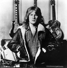 Alvin Lee         At the Woodstock music festival in 1969, the British blues-rock band Ten Years After burst onto the U.S. music scene with a searing rendition of Im Going Home featuring the fleet-fingered Alvin Lee  on guitar. Lee was 68.