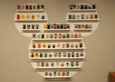 i wish i had the money to collect vinylmation.