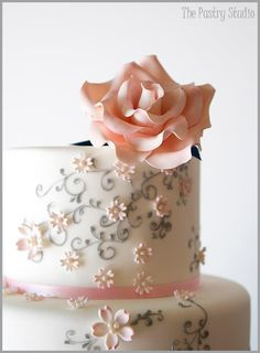 For some reason, grey and pink are in my most favorite color combinations for a wedding cake.