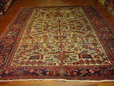 Beautiful antique Persian Heriz, northwest Persia, size 8 ft. 3 inchese by 11 ft. 5 inchese, circa 1910
