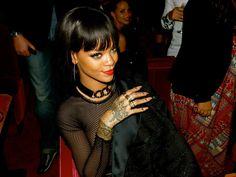 Novo álbum de Rihanna deve ser anunciado em breve, diz Billboard  http://angorussia.com/?p=17867