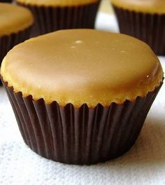 Caramel Cupcakes. A tender vanilla buttermilk cake with sweet-salty caramel icing. Oh, my. #foods #recipes