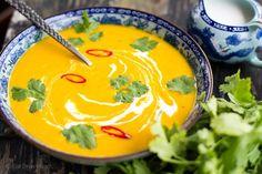 Spicy Pumpkin Coconut Soup | http://eatdrinkpaleo.com.au/spicy-pumpkin-coconut-soup-recipe/