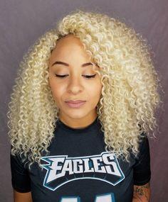 Medium Natural Blonde Hairstyle Crochet