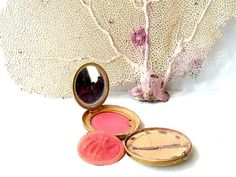 Vintage French luxurious Powder compact Oriza by CabArtVintage,