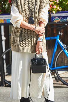 Knitwear Fashion, Knit Fashion, Love Fashion, Winter Fashion, Fashion Looks, Womens Fashion, Casual Fall Outfits, Chic Outfits, Knit Vest Pattern