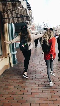 ☆ vsco @ skylardemers ☆, , My Style - My Favorite, Foto Best Friend, Best Friend Pictures, Best Friend Goals, Disney Best Friends, Cute Friends, Best Friends Forever, Lake Pictures, Bff Pictures, Shooting Photo Amis