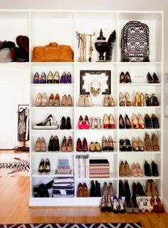 Ain't this cute?! Bookshelves for shoes!