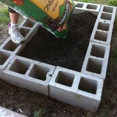Spruce up your garden with these cheap and easy DIY garden ideas. From DIY planters to container gardening ideas, there are plenty of garden projects on a budget to choose from. diy garden 120 Cheap and Easy DIY Garden Ideas