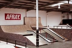 inside skatepark - Google Search Skate Park, Indoor, Google Search, Architecture, Skateboarding, Interior, Parks, Arquitetura, Skateboard