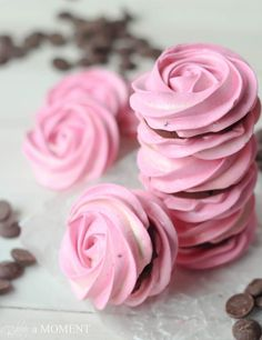 This look so pretty and yummy // Baking a Moment
