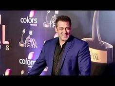 WATCH Salman Khan at the red carpet of Golden Petal Awards 2016.  See the full video at : https://youtu.be/hg3FuB0qTkw #salmankhan