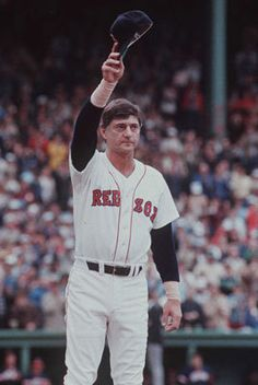 1983: Yaz Day The Sox paid tribute to their all-time leader in games, hits, and RBIs on Oct. 1-2 as Carl Yastrzemski played in the final homestand of his 23-year career. After a pregame tribute, Yaz made a lap around the park to high-five fans.
