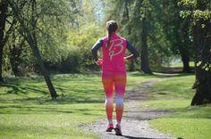 Det krever verken mye tid eller utstyr for å få en god løpeøkt, derfor er løping noe jeg gjør ofte. I kjenner jeg at hjertet mitt er glad i at jeg løper, både lange og korte økter. Det er også bra for andre kondisjonsidretter.