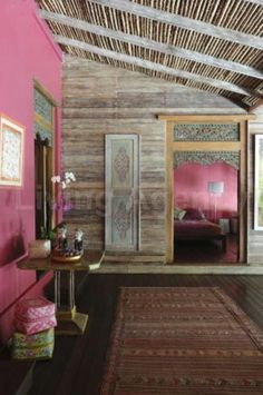 Pink & old wooden wall ,ceiling....it's working!