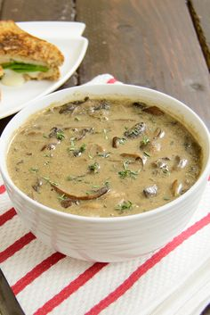 Ultimate Mushroom Soup - seriously the best soup ever! Super healthy and easy to…