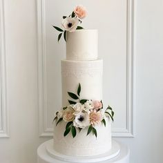 """Mickey's Instagram photo: """"Closer pic of this beauty! #weddingcake"""""""