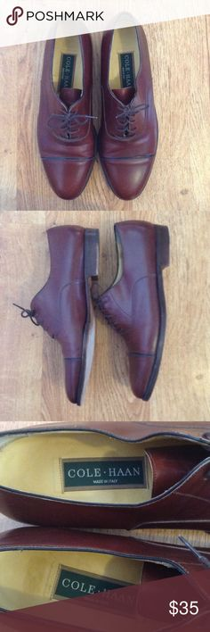 Cole Haan Leather Oxfords size 9N Classic pair of Cole Haan lace up loafers. The inside of the shoe and visible portion are in immaculate shape. Bottom Of sole has sign of wear. Leather is brown with a reddish tint. Size 9N Cole Haan Shoes Oxfords & Derbys