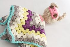 free little bunny granny square blanket buddy pattern - English instructions included.