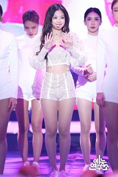 MBC Music Core Jennie was thick in this era 😭🖤 Stage Outfits, Kpop Outfits, Korean Outfits, Blackpink Jennie, Blackpink Fashion, Fashion Outfits, Korean Girl, Asian Girl, Black Pink