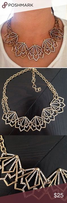 ❣RESTOCK❣ Vintage Gold Crystal Geometric Necklace Beautiful geometric statement necklace. Brand new! Adjustable in length. All jewelry is buy 2 get 1 free! Jewelry Necklaces