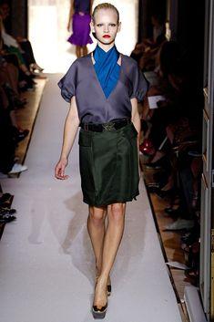 Saint Laurent Spring 2012 Ready-to-Wear Fashion Show - Ginta Lapina (Women)