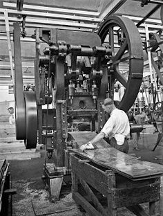 This is a photo of the first loud speaker operation pressing from flat piece of metal in 1925. It is in The Atwater Kent radio factory, owned by Arthur Atwater Kent, was the largest maker of radios in the United States in the 1920s. It shows after the Industrial Revolution, people started using mechanical technique to create new products.