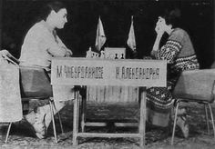 1981 Women's World Championship – 17 year old Maia Chiburdanidze vs. Nana Alexandria. Maia defeated Alexandaria and continued to dominate the tournaments up until 1991 whereby she lost in Manila to a young Chinese star Xie Jun.  #chess #chessplayer #chessgame #chessmoves #chessmaster #chessclub #chessboard #chesslover  #chessislove #chessislife #chessiscool #chessisfun #checkmate #planetchess