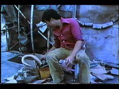 Pedro Linares Artesano Cartonero parte 1 |   Primer documental en video de Pedro Linares López, creador de los alebrijes. Dirigodo por Judith Bronowski