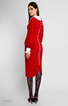 Long-sleeve slim-fit red dress trimmed with cotton and genuine silk. Back buttons down. Turndown cotton collar. Without pockets.