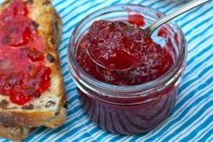 From an indulgent raspberry champagne jelly to an orange habanero jam with just the right kick, Broken Branch's small batch recipes will definitely delight. Stop by their display and try a sample at the 2015 Indulgence Festival.