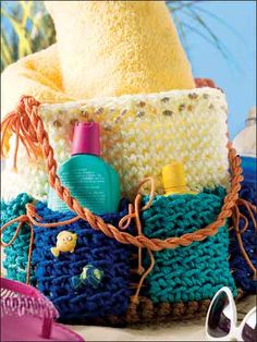 You'll love this easy crochet pattern. Colorful craft cord makes this pail-style beach bag extra durable. Its clever design makes it fun and functional. Finished size: 8 across bottom x tall. Crochet Beach Bags, Love Crochet, Crochet Gifts, Crochet Hooks, Crochet Bags, Crochet Handbags, Crochet Purses, Easy Crochet Patterns, Knitted Bags