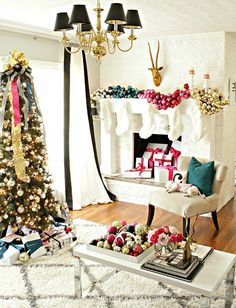 Christmas Decorating Ideas for a Merry and Bright Holiday Home-- styled by Kristin Cadwallader of Bliss at Home. She reveals her decorating process on The Home Depot Blog. || @gwhkristy