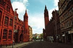 The deserted streets of Birmingham City Centre. 28 Days Later, Birmingham City Centre, Barcelona Cathedral, Street, Building, Travel, Viajes, Buildings, Destinations