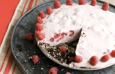 You don't have to crank up the oven this summer with delicious raspberry coconut ice box pie. #iceboxpie #pierecipe #raspberry #raspberryrecipe #summerrecipe