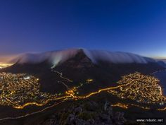 'Table Mountain Blankie' viewed from Lion's Head, near Cape Town, South Africa (photo by Brendon Wainwright via National Geographic Your Shot) National Geographic Fotos, Table Mountain Cape Town, Places Around The World, Around The Worlds, Mountain Images, Le Cap, The Great Outdoors, Places To See, Cool Photos