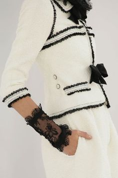 Chanel in details ♥✤ | Keep the Glamour | BeStayBeautiful
