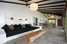 Modern Asian villa luxury on Koh Tao | Designhunter