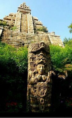 Indiana Jones and the Temple of the Crystal Skull - Olivia Homepage Mayan Ruins, Ancient Ruins, Ancient Art, Temple Maya, Aztec Temple, Aztec Architecture, Ancient Architecture, Ancient Aztecs, Ancient Civilizations