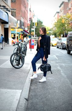 35 Stylish Fall Street Style Ideas #fall #streetfashion #outfits #cute #casual