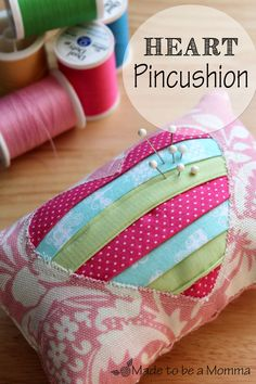 DIY heart pin cushion. Sew this little cutie for Valentine's Day this year. #valentinesday #heart #sew