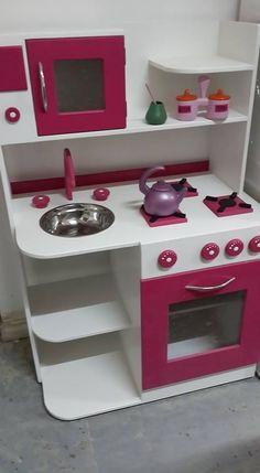 Diy Kids Kitchen, Kitchen Sets For Kids, Toy Kitchen, Wooden Kitchen, Barbie Furniture, Dollhouse Furniture, Kids Furniture, Cardboard Crafts Kids, Cardboard Toys