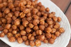 Spicy Roasted Chickpeas from What's Gaby Cooking Real Food Recipes, Vegetarian Recipes, Cooking Recipes, Yummy Food, Healthy Recipes, Healthy Snacks, Healthy Eating, Protein Snacks, High Protein