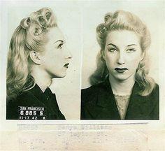 Vintage Hairstyles Bad Girl Mug Shots 1940s Hairstyles, Cool Hairstyles, Photos Du, Old Photos, Vintage Photographs, Vintage Photos, Vintage Beauty, Vintage Fashion, 1940s Fashion