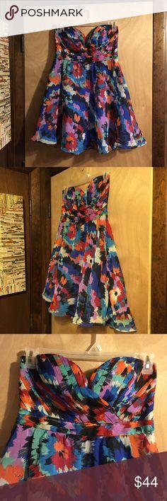 Minuet Strapless Dress NWT Gorgeous Minuet Strapless Dress  Make an Offer! Minuet Dresses Mini